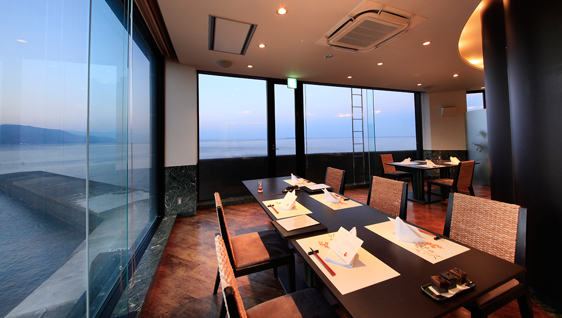 2Fレストラン【潮騒】