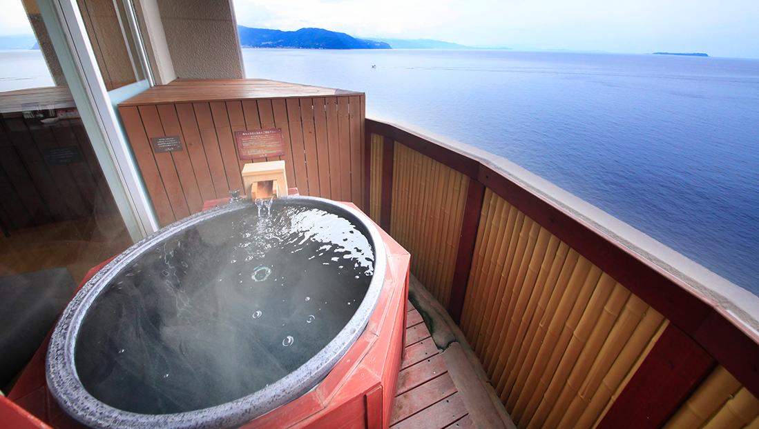 朝日を浴びながらの早朝入浴はいかがでしょうか?