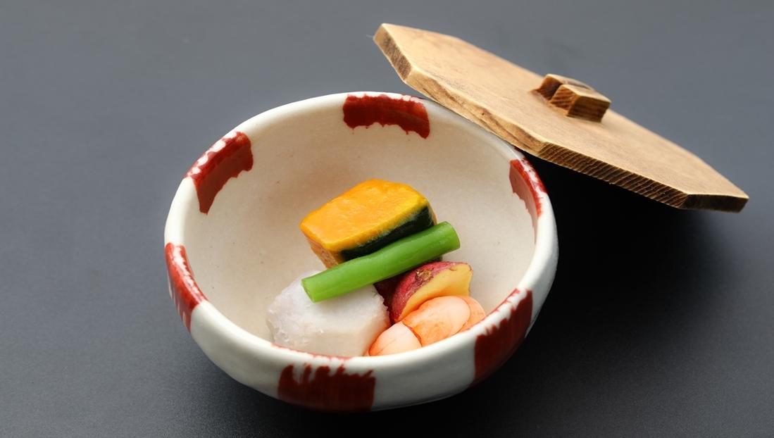 煮物:旬野菜の炊合せ